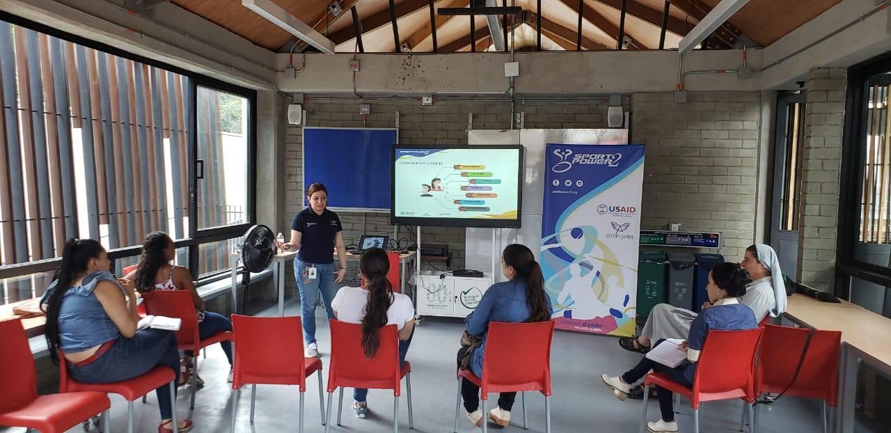 Comunidades de Antioquia, Caquetá y Santander recibieron talleres en busca de promover la inclusión social